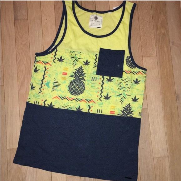 b77e8ad0c4ce1 Pineapple tropical Men s tank top small nwt